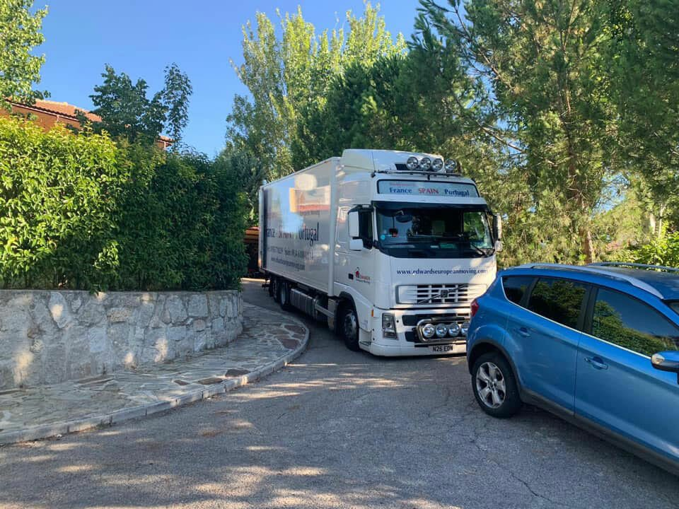 Removals company-to-Madrid