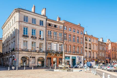 Moving to Toulouse France