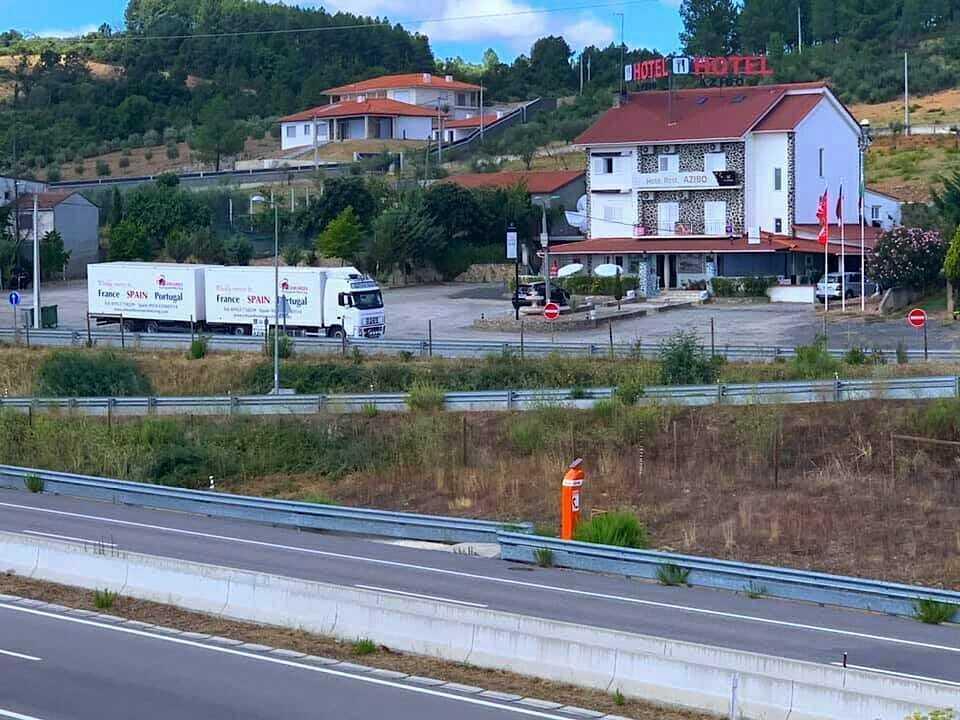 Door to door Removals to portugal