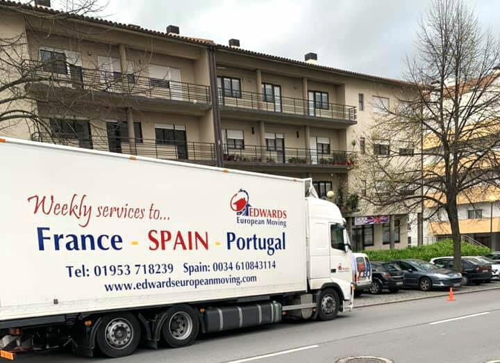 Removals-service-to-Portugal